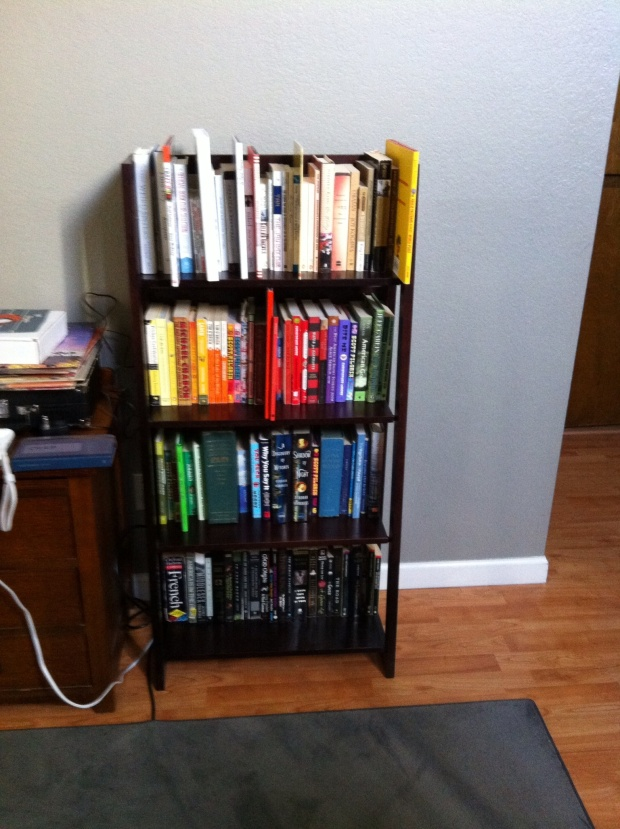 The completed bookshelf.  Much more pleasing to the eye.